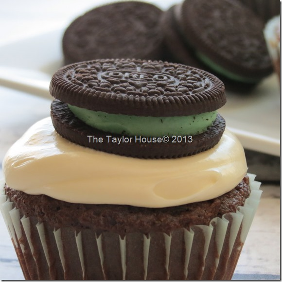 Chocolate Mint Oreo cupcake recipe, Oreo cupcakes