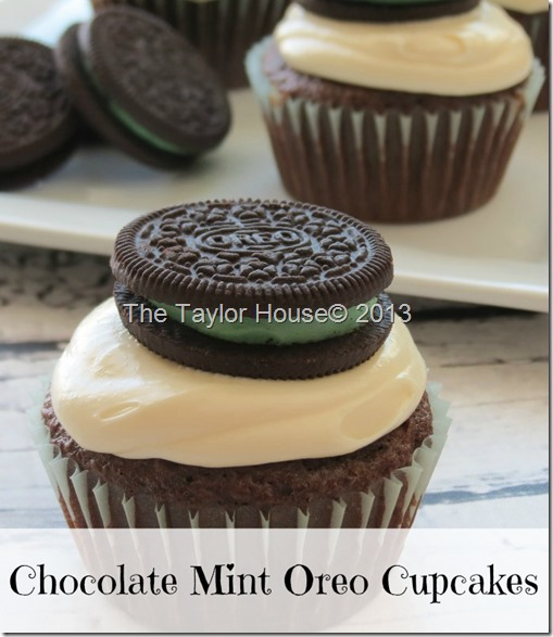 mintoreocupcake thumb Chocolate Mint Oreo Cupcake Recipe