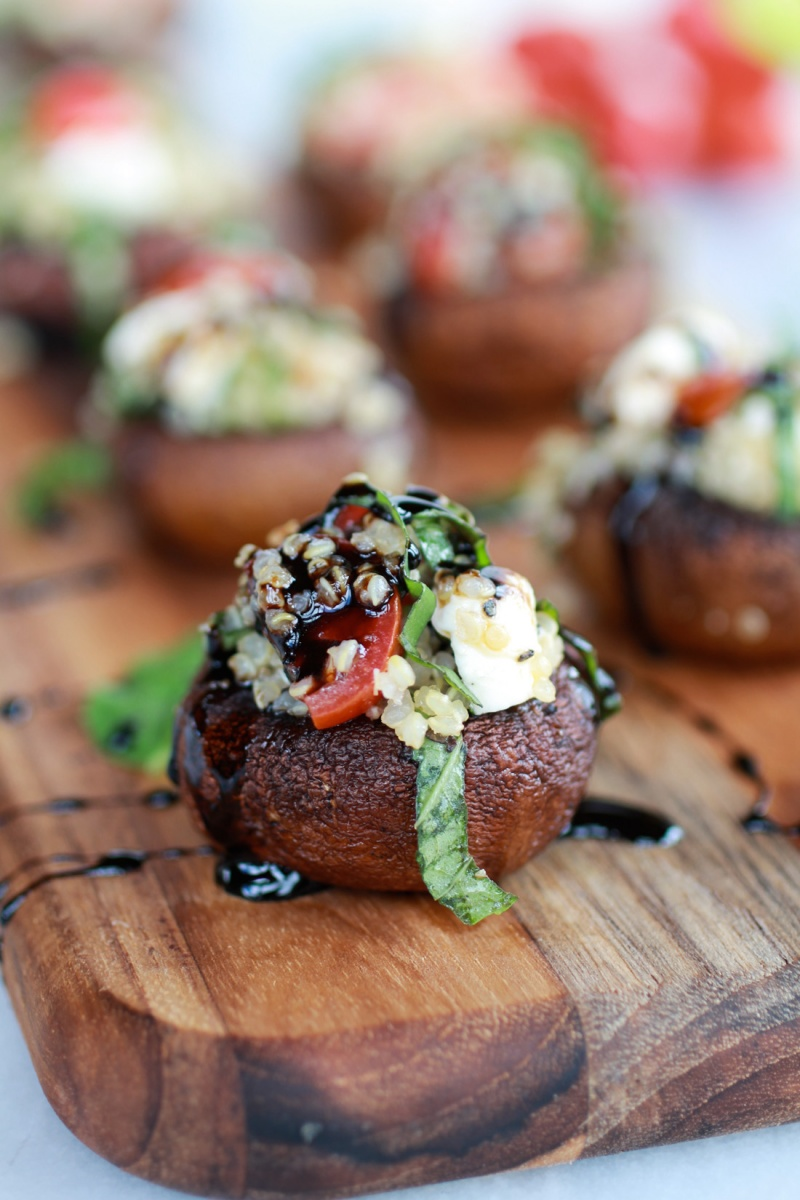 Caprese-Quinoa-Grilled-Stuffed-Mushrooms-with-Balsamic-Glaze-11