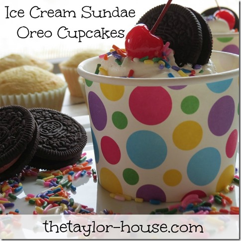 icecreamoreosundae thumb Ice Cream Sundae Oreo Cupcake Recipe