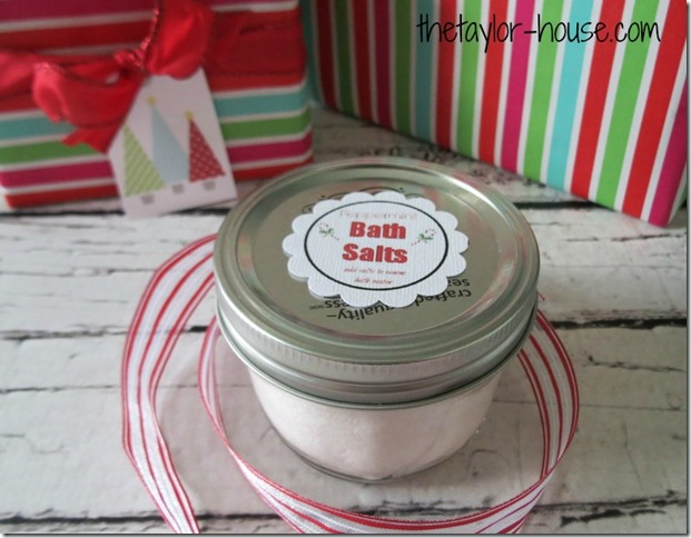 Peppermint Bath Salts, DIY Gift Ideas, Homemade Christmas Gifts for Friends