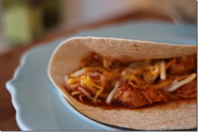 Slow Cooker Salsa Chicken #MyRainbow, #shop, #cbias