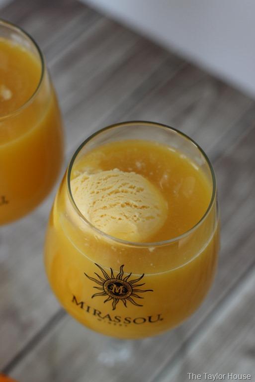 Moscato Float, Orange Creamsicle Moscato Float, Orange Creamsicle