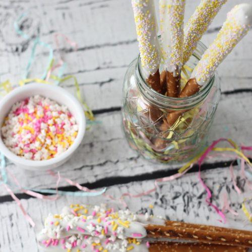 Easter Recipes: Easter Pretzel Sticks