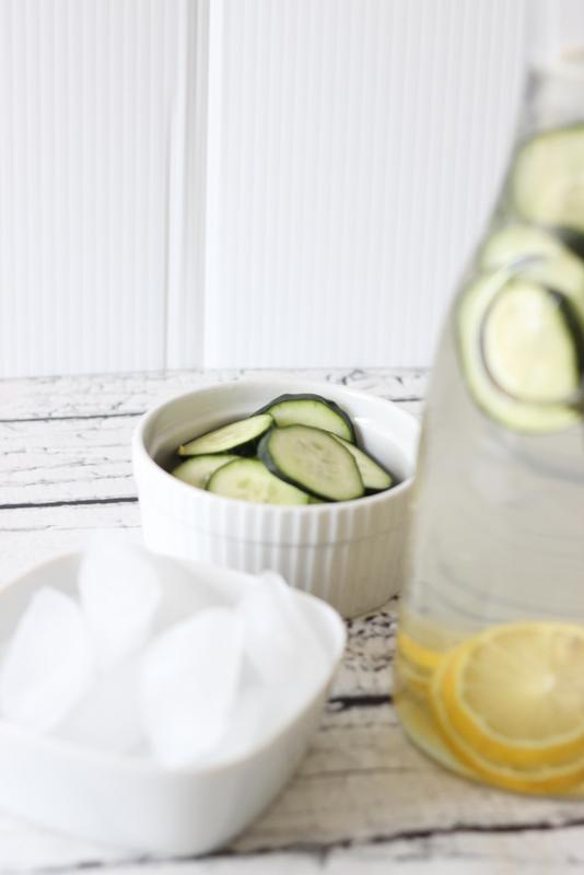 Aveeno, Aveeno Daily Challenge, Flavored Water, Cucumber Water, Lemon Water, Flavored Water Recipes