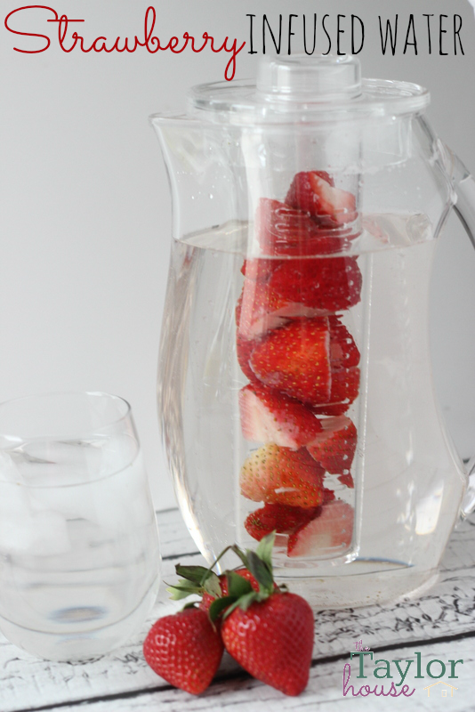 Aveeno, Aveeno Daily Challenge, Infused Water, Infused Water Recipe, Strawberry Water