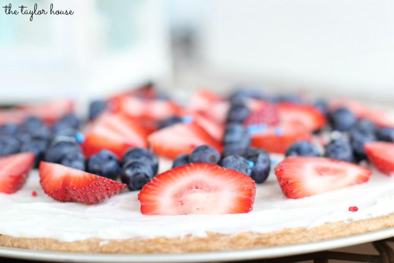4th of July Dessert, Fruit Pizza
