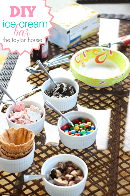 Dixie, Summer Sweepstakes, DIY Ice Cream Bar, Ice Cream Sundae