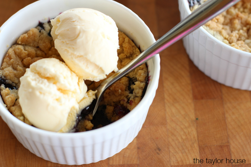 Blueberry Crisp, Fruit Dessert, Blueberry Bake,