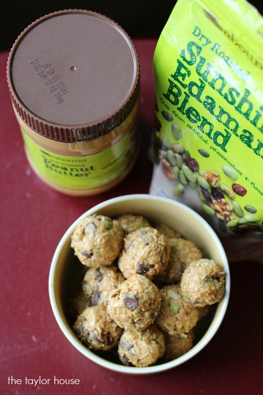 Energy Bites, Chocolate Chip Granola Bites, Granola Bites, Granola Energy Bites, CVS, #Snackurday