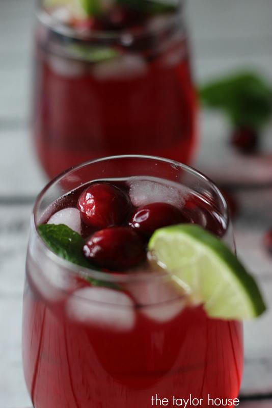 Cranberry Cocktail, Christmas Cocktail, Cranberry Vodka