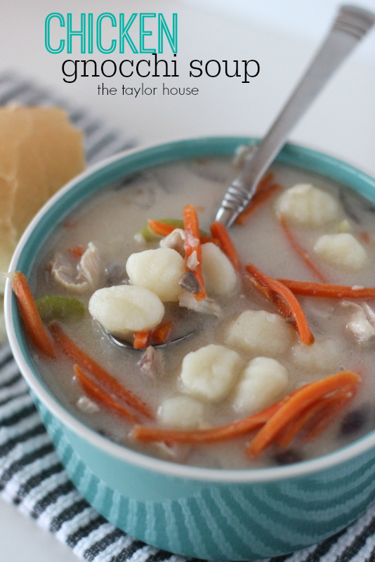 Delicious Easy to make Slow Cooker Chicken Gnocchi Soup!