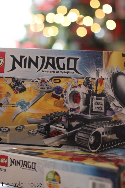 The perfect Gift Idea for boys: Lego Sets they will love!