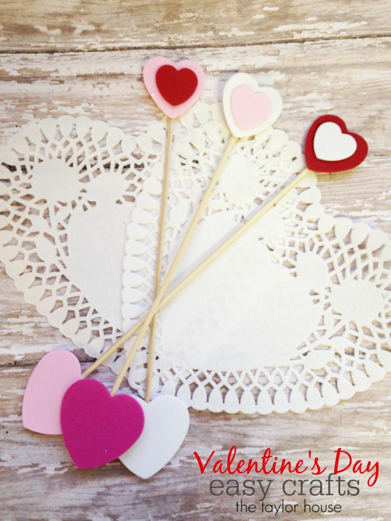 Easy to make Kids Craft: Valentine's Day Cupid's Arrow Craft!