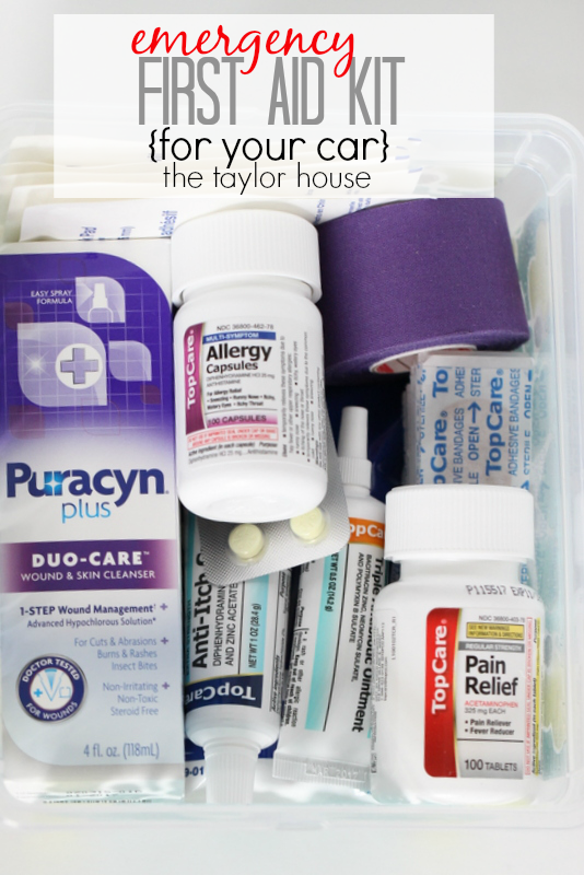 Simple Emergency First Aid Kit for Your Car!