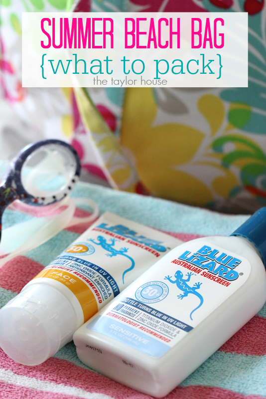 What to pack in your summer beach bag!