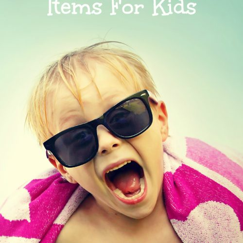 7 Must Have Beach Items for Kids