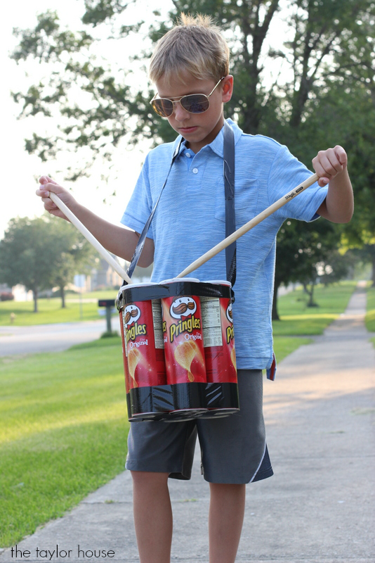 Upcycled Pringles Can DIY Drum