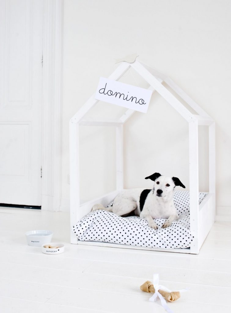 Simple Black and White Dog Bed