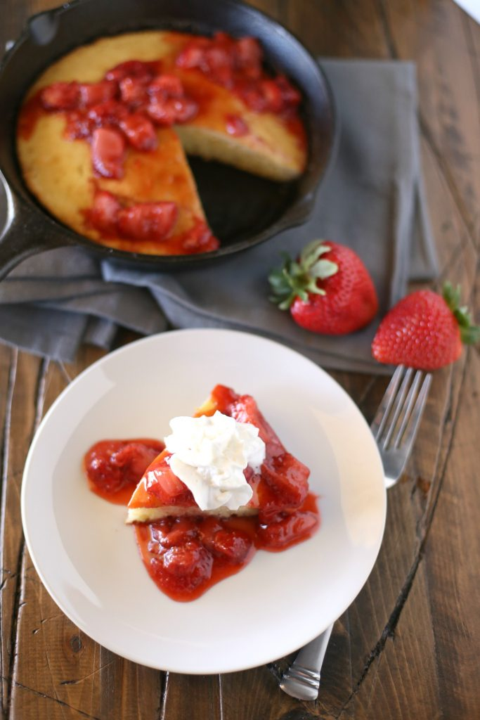 Oven Pancakes with a Strawberry Syrup