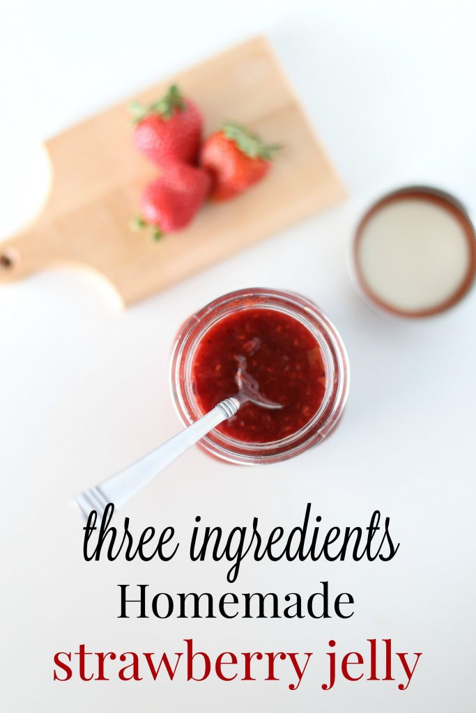 THREE INGREDIENT Homemade Strawberry Jelly!