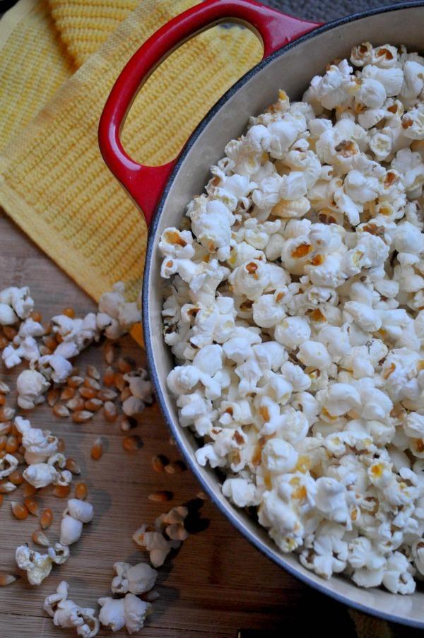 Stovetop Tuffle Popcorn