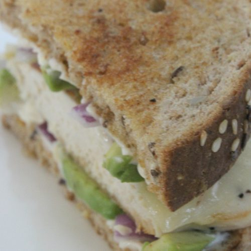 Avocado Chicken Sandwich #HarvestBlends