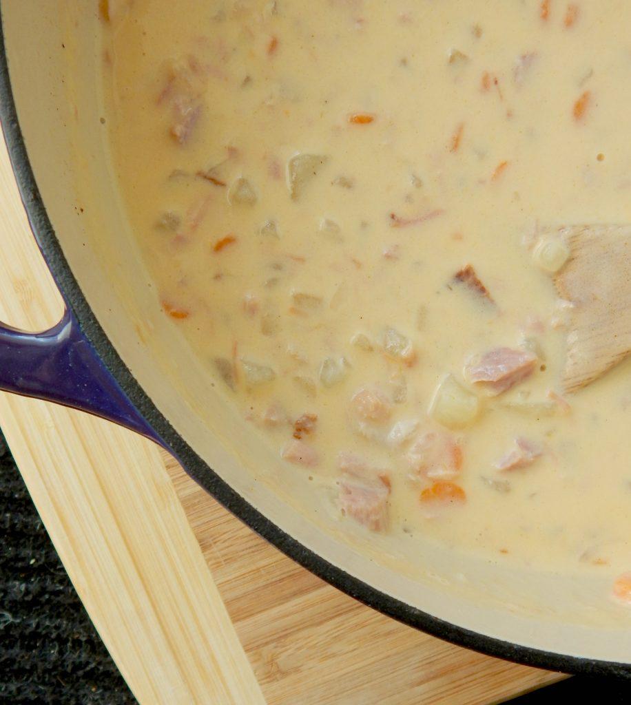 cheesy-ham-and-potato-soup2