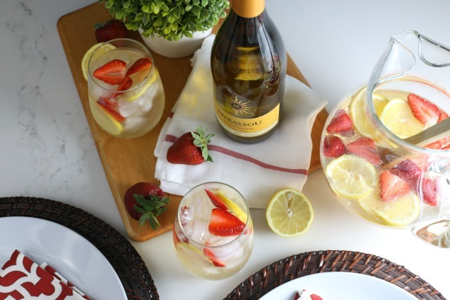 Strawberry Limoncello Spritzer