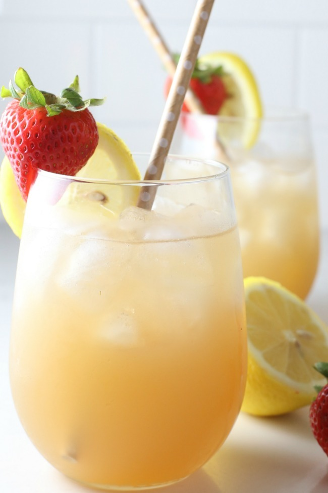Vodka Lemonade Iced Tea
