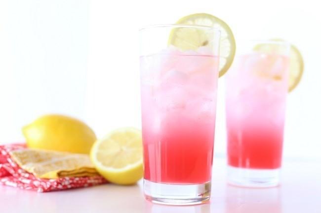 Pomegranate Lemonade Spritzer