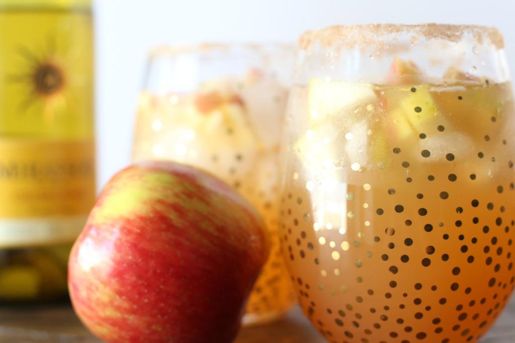 Fall Cocktail: Caramel Apple Spritzer