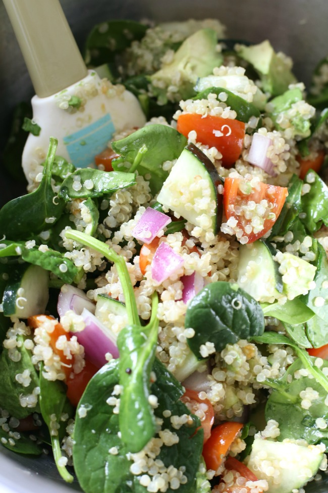 Healthy Eating: Avocado Spinach Quinoa Salad