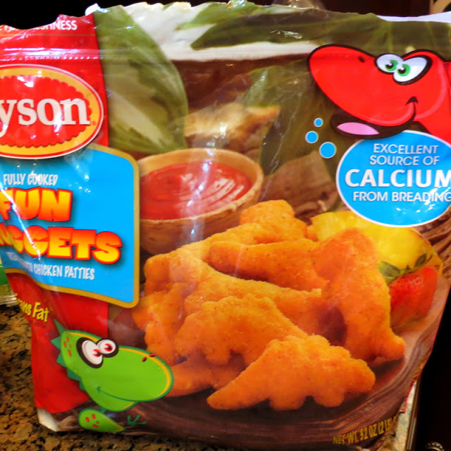 Tyson Chicken Nuggets, Heinz Ketchup, Ore Ida French Fries, Hasbro Game Night, #DipDipHorray, Family Game Night, Meal Solutions, Walmart, Recipe Creation