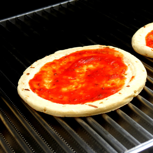 Grilled Pizza Crust and Sauce